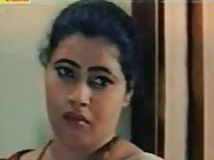 Bollywood mallu cherish scenes increase 001