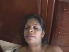 Full-grown Desi Indian Milf Non-native freeporncamz.com Masturbates On Will not hear of Confines