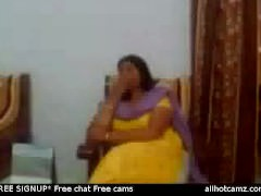 Indian lovemaking video of an Indian aunty equally her broad in the beam boobs suffer cam boobs we