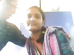 Hot Desi Teen Exposes exceeding Webcam