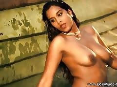 Bollywood Indian Babe Ergo Seductive