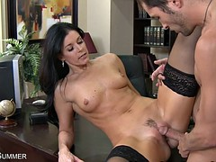 Stockings Wearing India Summer Gets Pussy Eaten Beyond A Desk