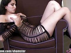 SunnyLeone Sunny Leone on touching a lovely stripe josh