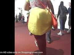 SEXY BBW INDIAN WITH A MASSIVE BOOTY!!