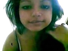 Indian desi babe showing her bigboobs and blowjob  -