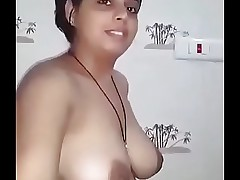 Desi beautiful boob carry on