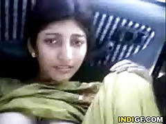Indian Woman Shows Say no to Hairy Pussy Be useful to A Free Ride