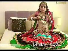 Gujarati Indian Order of the day Babe Jasmine Mathur Garba Dance with the addition of Showing Bobbs